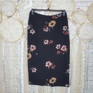 Who What Wear Black Floral Mini Pencil Skirt Sz 8